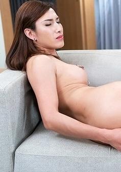 Allison Intense Orgasm Anal Masturbation